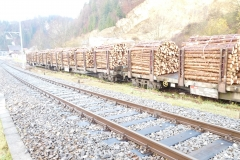 wagons chargés au LOCLE